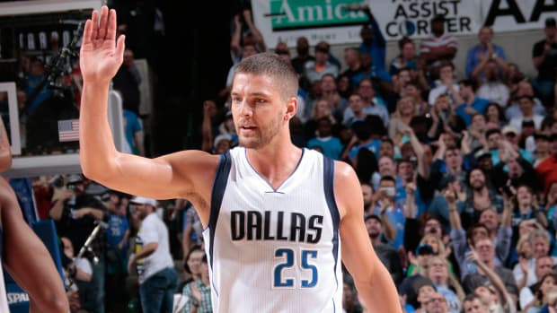 Chandler Parsons calls DeAndre Jordan's decision 'very unethical and disrespectful' IMAGE
