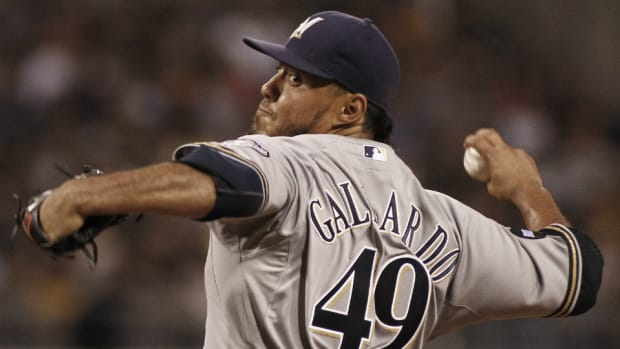 Brewers to trade P Yovani Gallardo to Rangers
