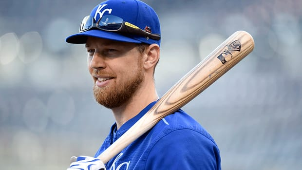 ben-zobrist-reaches-deal-with-cubs.gif