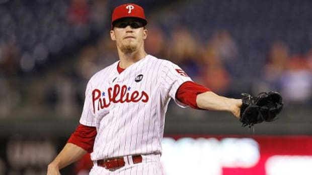 Reports: Phillies trading closer Ken Giles to Astros--IMAGE