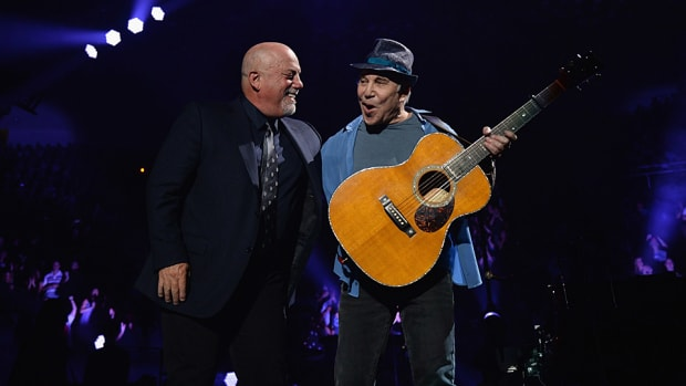 Billy-Joel-Paul-Simon-Kevin-Mazur.jpg