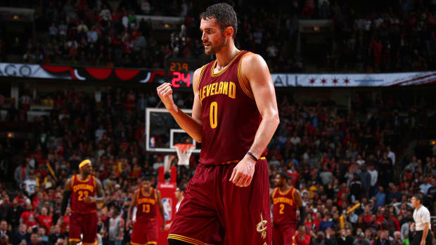 Report: Kevin Love plans to stay in Cleveland next season IMAGE