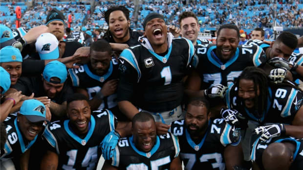 carolina-panthers-cam-newton-christmas-ugg-beats-gifts.jpg