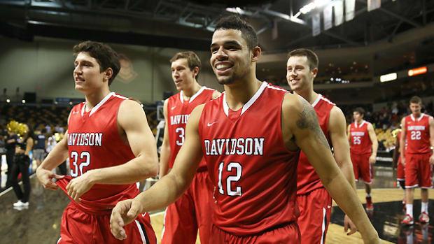 Davidson basketball three pointers
