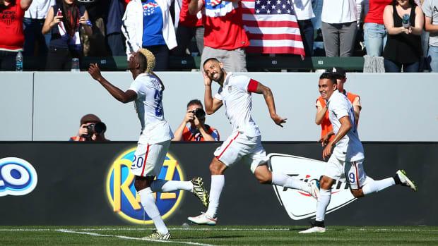 USMNT beats Panama 2-0 IMAGE