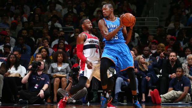 kevin-durant-injury-hamstring-thunder-wizards.jpg
