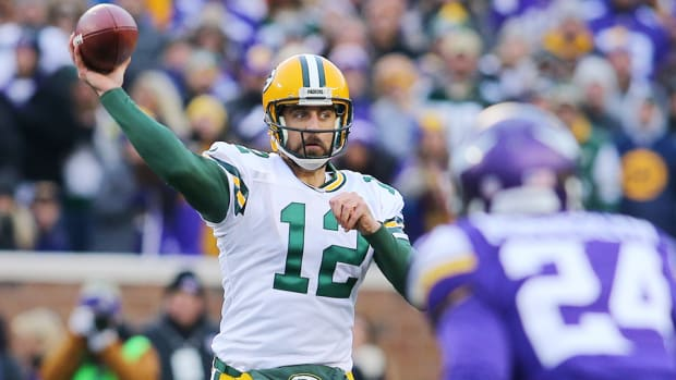 green-bay-packers-minnesota-vikings-aaron-rodgers.jpg