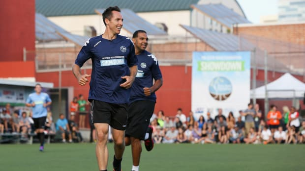 steve-nash-soccer-training.jpg