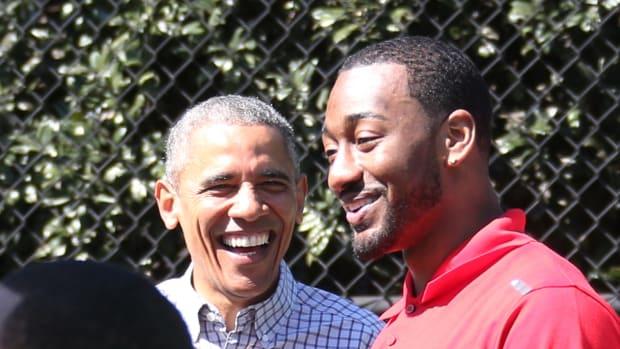 justin-bieber-barack-obama-john-wall-basketball.jpg