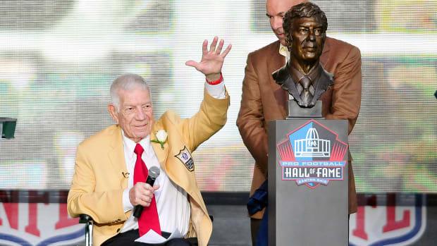 NFL Films founder Ed Sabol dies at age 98 IMAGE