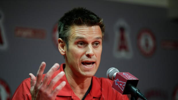 los-angeles-angles-seattle-mariners-jerry-dipoto.jpg