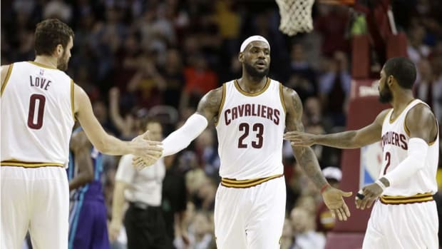 Cavaliers favored by Las Vegas to win NBA championship in 2016