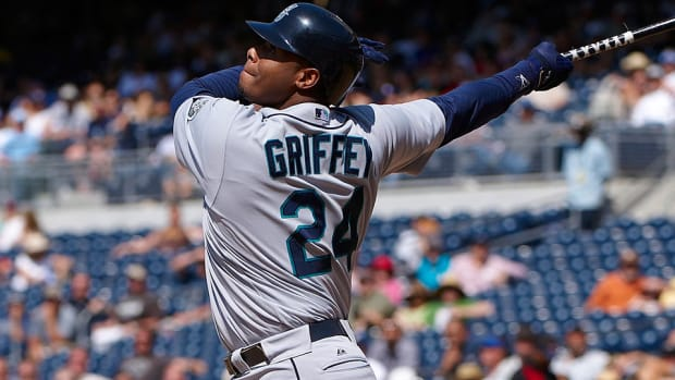 ken-griffey-jr-hall-of-fame.jpg