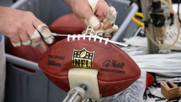 Making-NFL-Football-op3n-116382-mid.jpg