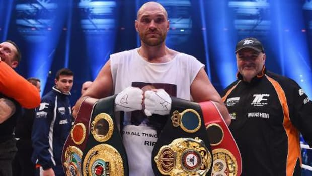 Tyson Fury beats Wladimir Klitschko to become heavyweight champion -- IMAGE