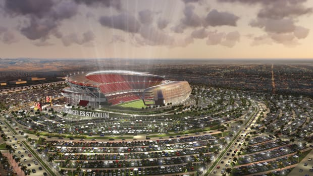 Giants owner John Mara expects 1-2 NFL teams in Los Angeles by 2016 IMAGE
