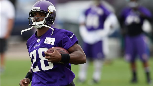 2157889318001_4376452910001_TheMMQB-Camp-Tour-Adrian-Peterson-00-05-38-07-Still003.jpg