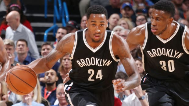 rondae-hollis-jefferson-broken-ankle-injury-out-indefinitely.jpg