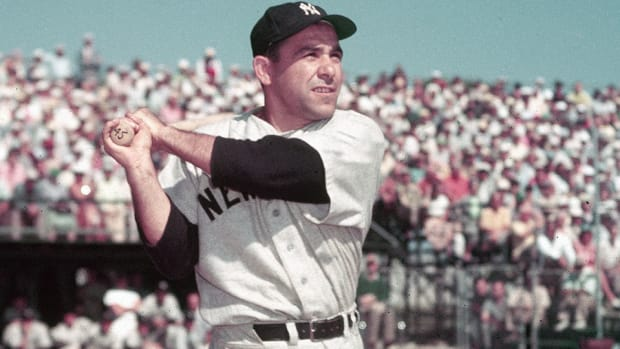 yogi-berra-stats-hall-of-fame.jpg