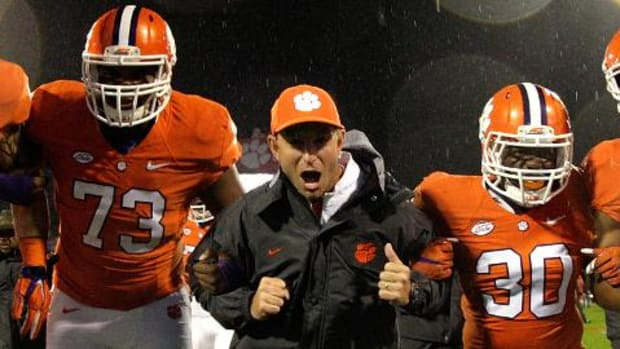 Clemson's Dabo Swinney wins Coach of the Year--IMAGE