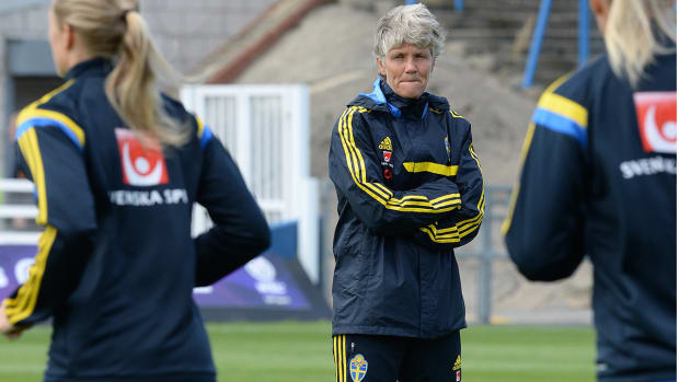 Ex-USWNT coach Pia Sundhage criticizes former players