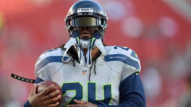 Week 10 NFL injury report: Marshawn Lynch listed as questionable -- IMAGE
