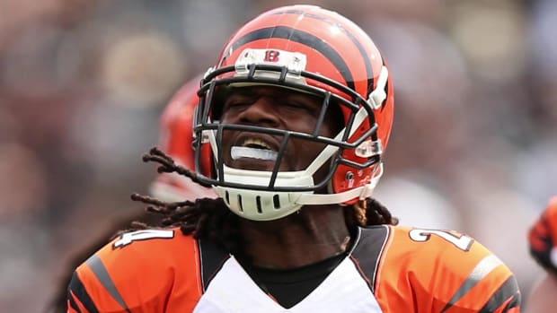NFL fines Adam 'Pacman' Jones $35,000 for Amari Cooper incident - IMAGE