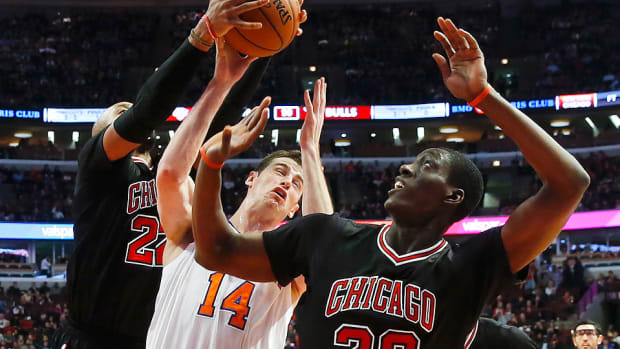 Jason Smith Knicks Bulls 960