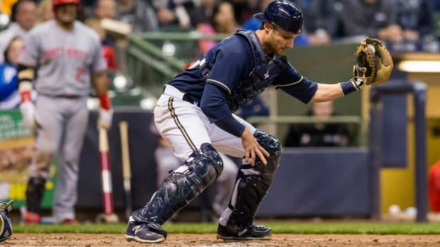 jonathan-lucroy-milwaukee-brewers-injury-disabled-list-cal-sports.jpg