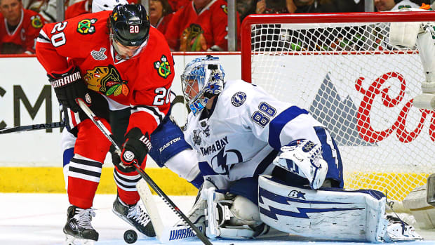 saad-vasilevskiy-lightning-blackhawks-cup-final-game4.jpg