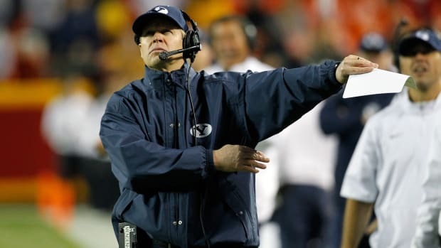 virginia-coaching-search-byu-bronco-mendenhall.jpg