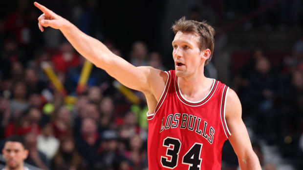 mike-dunleavy-bulls-contract.jpg