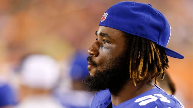giants-robert-ayers-injury-concussion-protocol.jpg