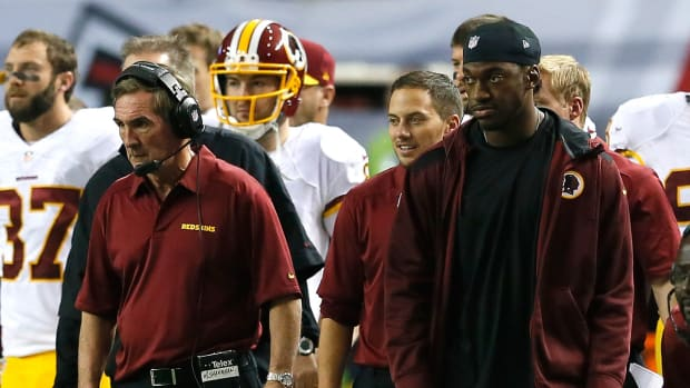 Mike Shanahan: RG3 told me which plays were 'acceptable' in 2012 IMAGE
