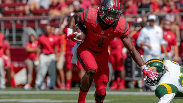 Report: Rutgers WR Leonte Carroo slammed woman into concrete IMAGE