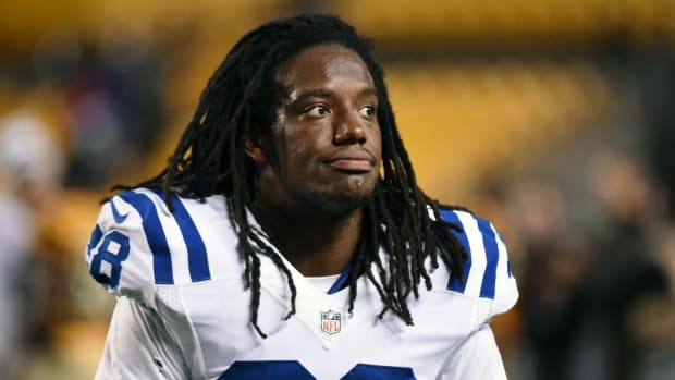 Colts CB Sergio Brown unleashes perfect Ric Flair imperssion after win
