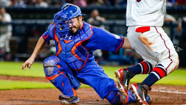 new-york-mets-travis-darnaud-injury-elbow-dl.jpg
