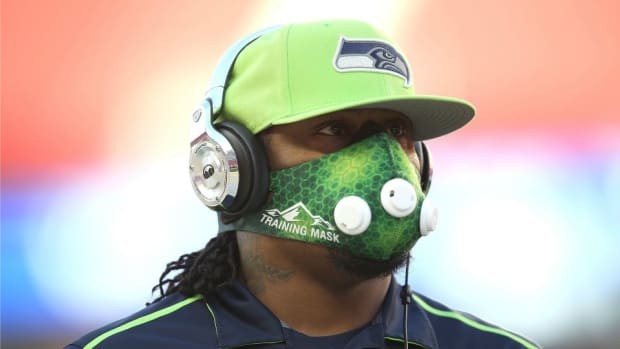 Seahawks fans petition NFL to change media policy for Marshawn Lynch