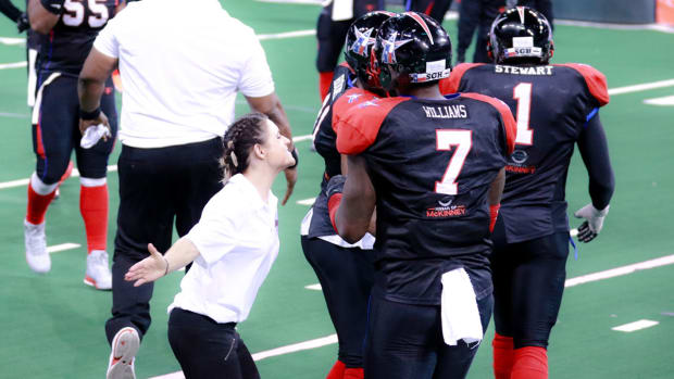 Arizona Cardinals hire Jen Welter as NFL's first female coach IMAGE