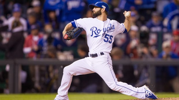 tim-collins-royals-signs-contract-2016.jpg