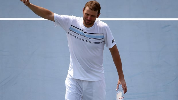 Mardy Fish's career ends with tough 5-set loss at US Open--IMAGE