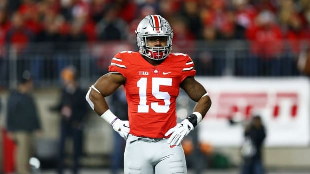 The Zeke Squad: Ohio State tailback Ezekiel Elliott has relied on many blockers to clear his path to stardom