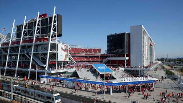 levi-stadium-49ers-fan-beating-lawsuit.jpg