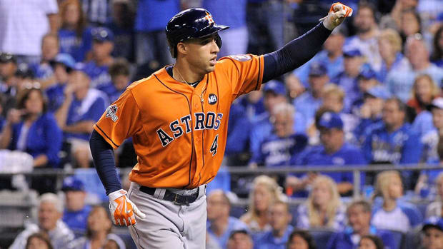 astros-beat-royals-game-1-alds.jpg