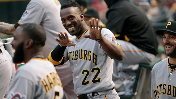 2157889318001_4267261273001_Andrew-McCutchen-Gives-Gloves-To-Fans-Pirates.jpg