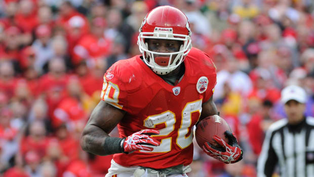 Thomas Jones on concussions: It's scary to think about what causes me to forget - Image