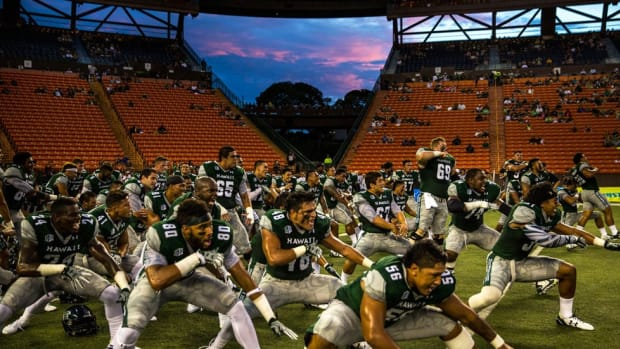 Can Hawai'i football get its mana back? The pull and problems with the program of the islands