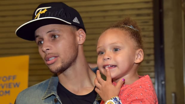2157889318001_4277371907001_riley-curry-dance-stephen-curry-nba-finals-warriors.jpg