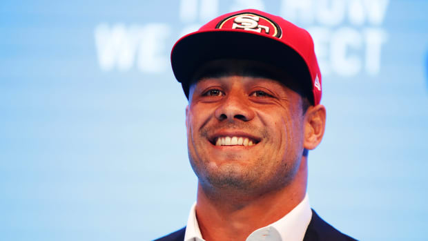49ers sign Australian rugby player Jarryd Hayne