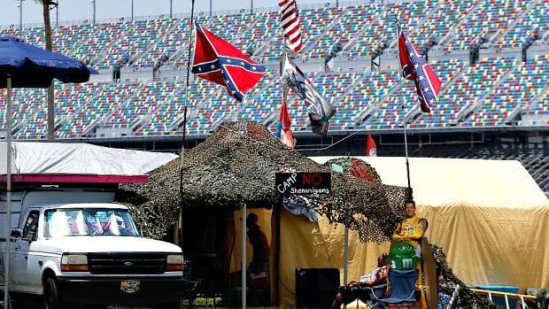 nascar-confederate-flag-markland.jpg